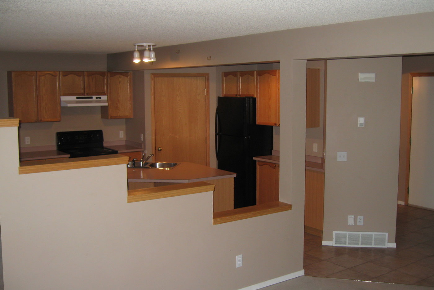 To Replace Or Reface Your Kitchen Cabinets Superior