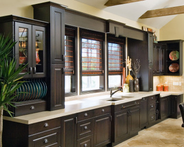 Old World Kitchen in a dark maple stain, available at Superior Cabinets Saskatoon, Regina, Calgary, Edmonton.