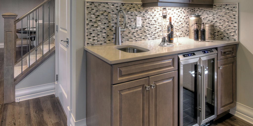 Designing the Perfect Bar | Superior Cabinets Blog INTERMEDIATE WET BAR