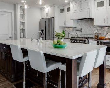 Light Esta Kitchen cabinets by Superior Cabinets