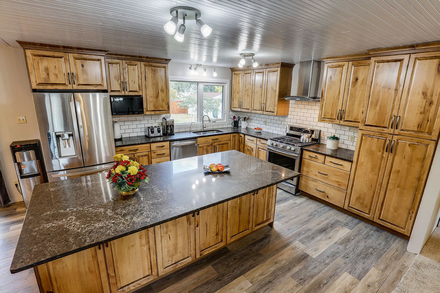 Superior Cabinets - Magna Project